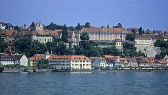 Town of Meersburg, seaside with Meersburg New Palace